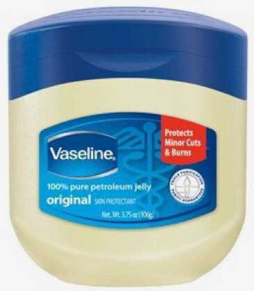 vaseline petroleum jelly lip gloss chapstick lips skin care protectant product beauty cosmetic