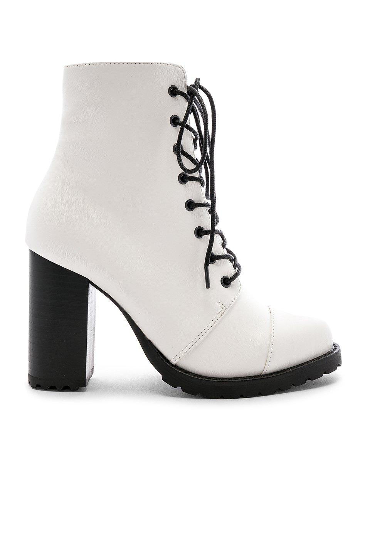 Myles Boot