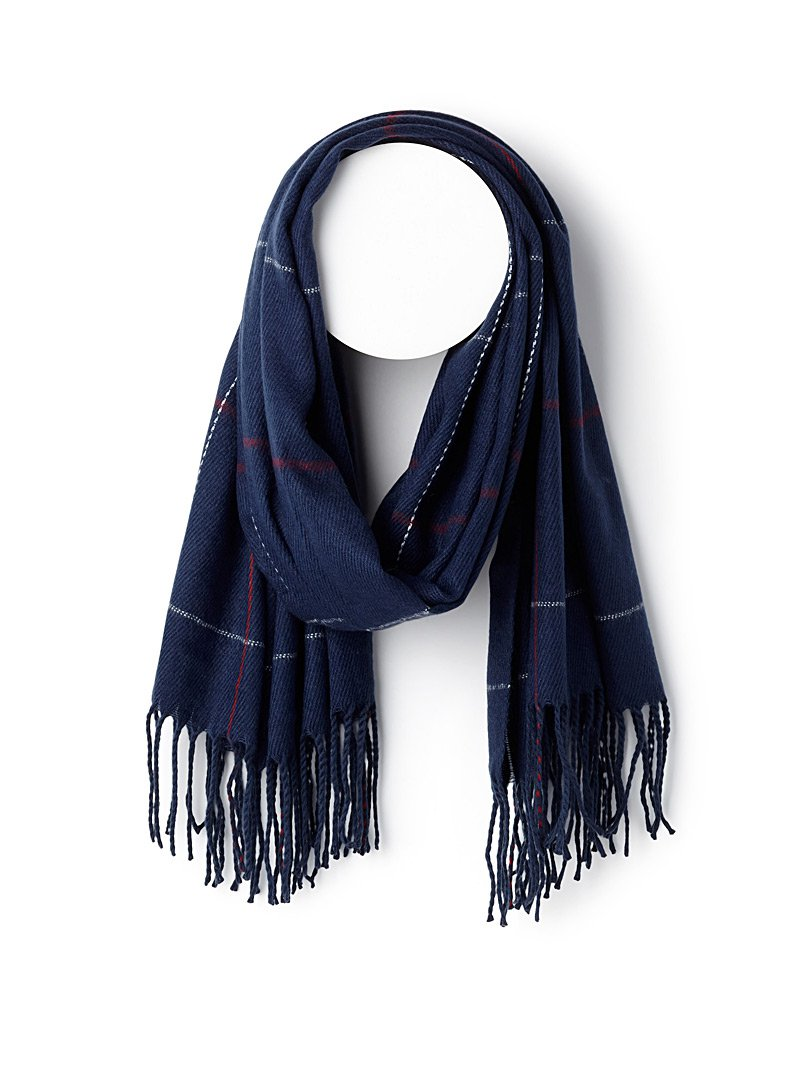 Chic check scarf   Simons   Women's Winter Scarves and Shawls online   Simons