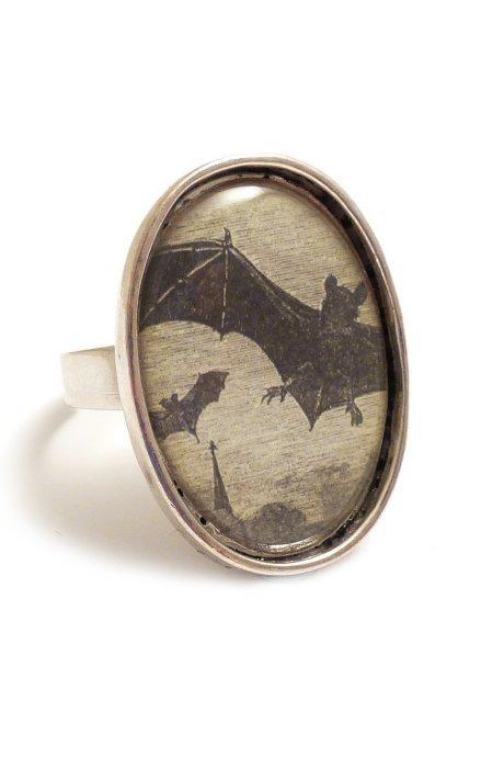 Vampire Bats Ring by Dark Elegance Designs | Gothic
