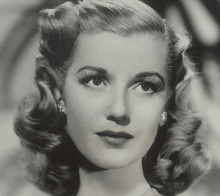 Vintage 1940 Hair