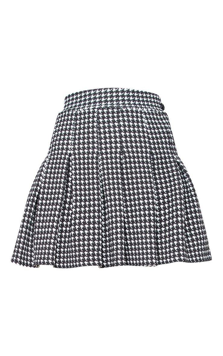 Black Dogtooth Pleated Side Split Tennis Mini Skirt | PrettyLittleThing USA