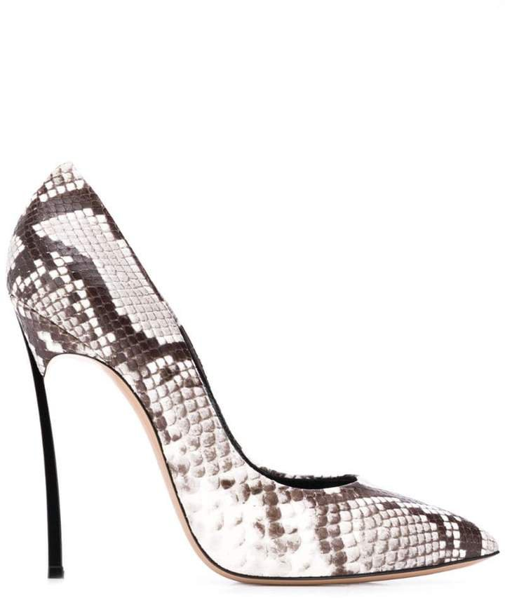 snakeskin effect pumps