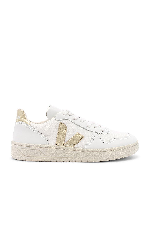 V 10 Sneaker