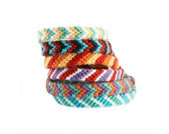 Friendship Bracelets Pattern (Crafts) | Lion Brand Yarn