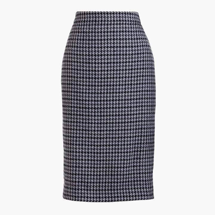 Wool-blend pencil skirt in houndstooth