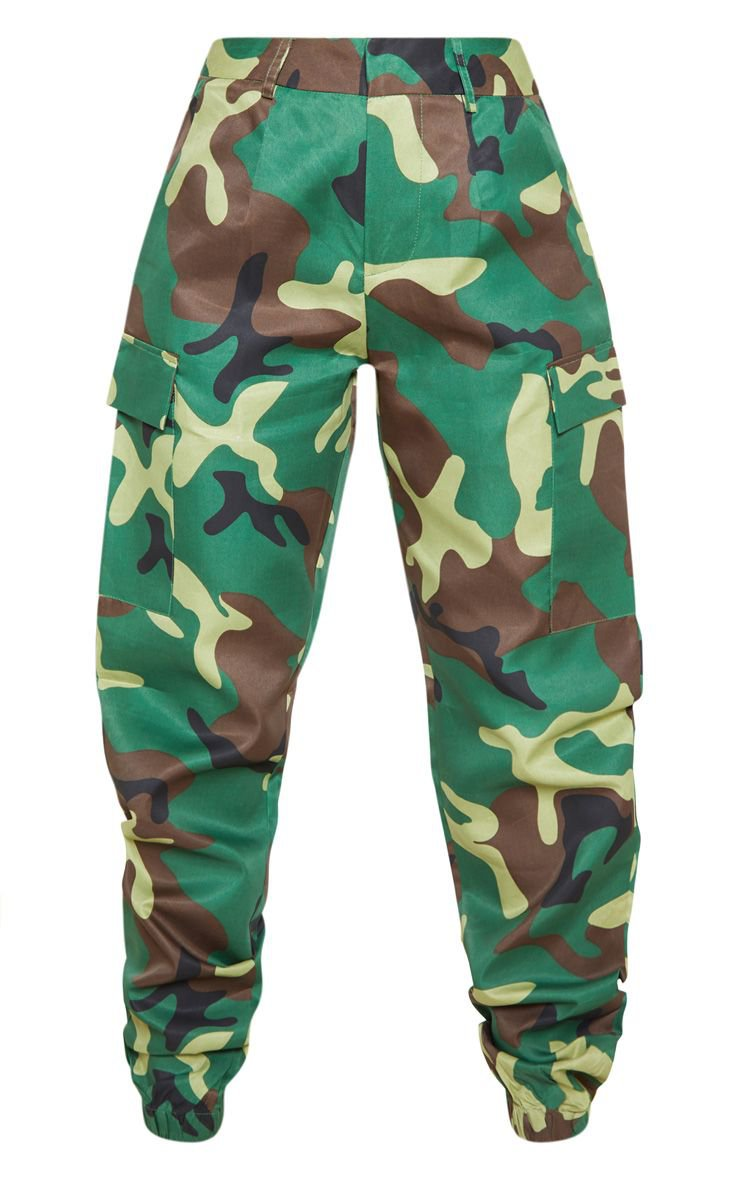 Petite Green Camo Print Cargo Trousers   PrettyLittleThing