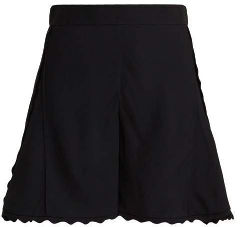 Scallop Edge Cady Shorts - Womens - Black