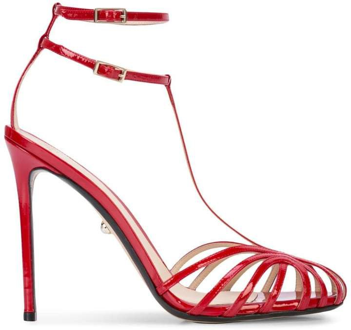 strappy toe sandals