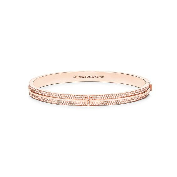 Tiffany T Two hinged bangle in 18k rose gold with pavé diamonds, medium. | Tiffany & Co.
